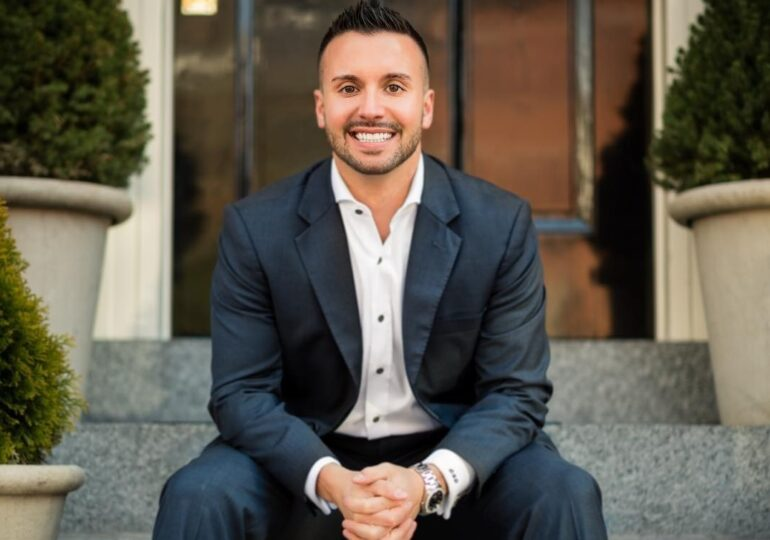 David DeCelle Had a Successful Career As A Financial Advisor. Now, It is His Goal to Help Others Do the Same